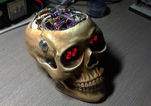 spooky-clock